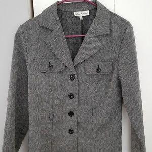 Lightweight jacket blazer